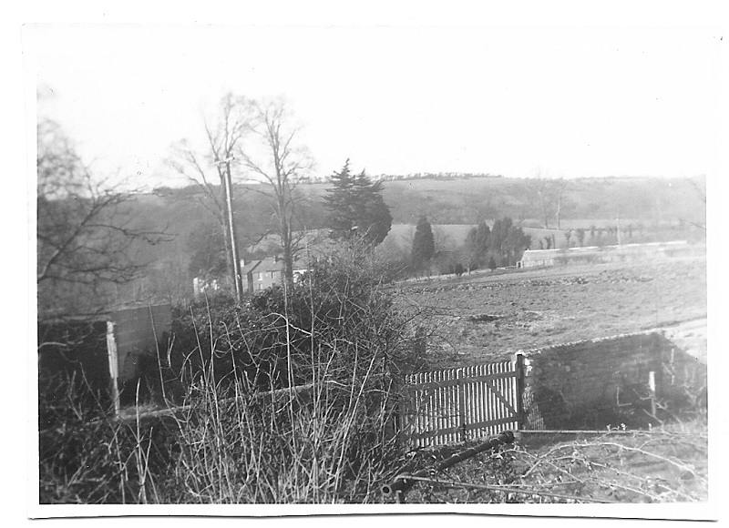 MP1129 The School House Brading 1958