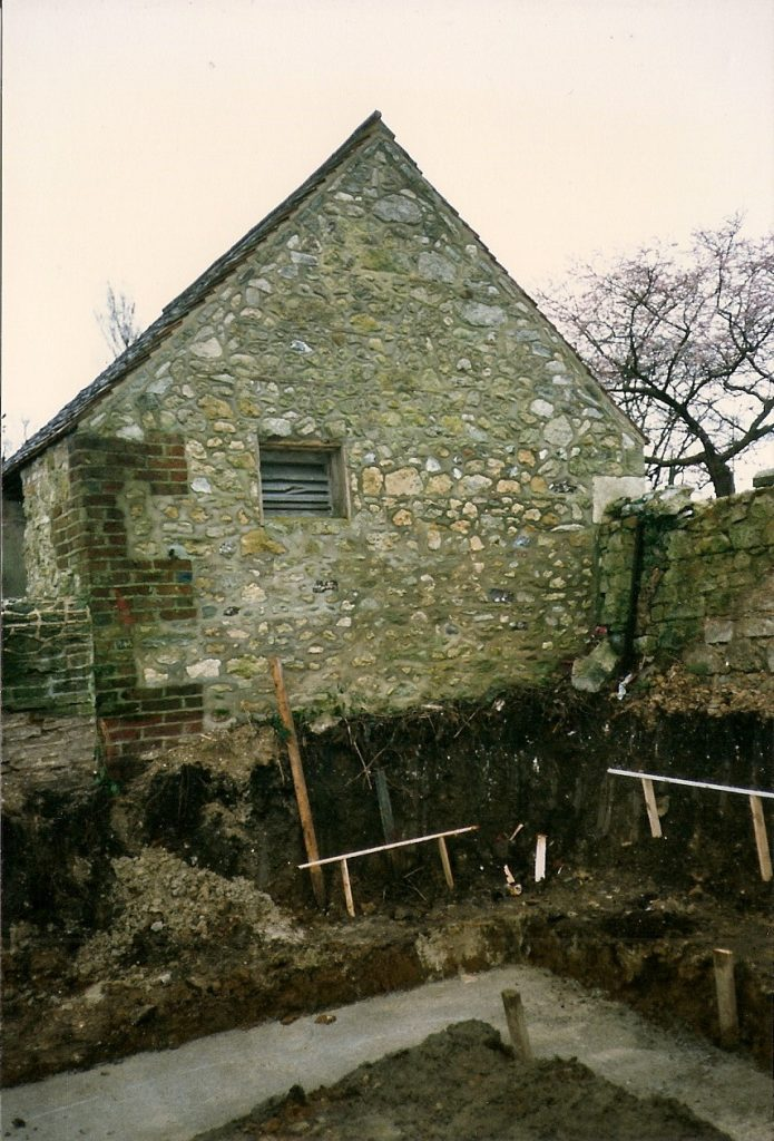MP1055 footings for church hall