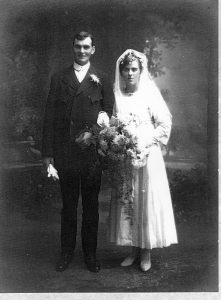 Wedding of Arthur Ernest BARNES and Edith HOLBROOK 26 Oct 1918