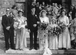 Wedding of Daphne HARBOUR and Kenneth SMITH 27 Aug 1949.