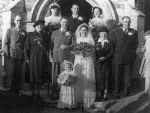 Wedding of Gordon Ray TROTT and Netta Margaret Lilian WEST 1951