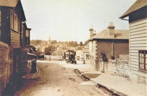 Brading. View towards the Bull Ring from The Mall. Motor Bus. 1905. Photograph.